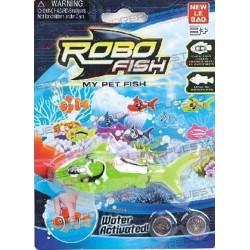 ROBOFISH TIBURON VERDE (2 pilas incluidas)